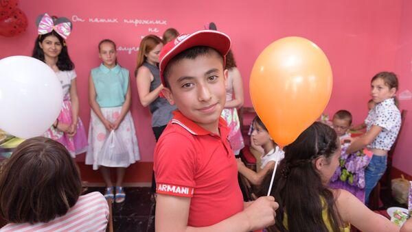Эстафета Благотворительной Общественной организации (БОО) Киараз  Подари детям день радости. - Sputnik Абхазия