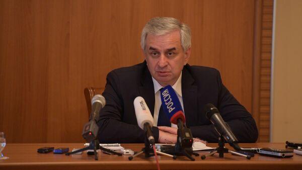 Хаджимба о событиях 5 июля - Sputnik Абхазия
