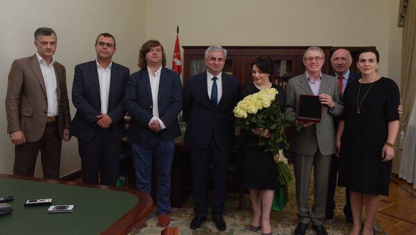 Встреча в администрации президента. - Sputnik Абхазия