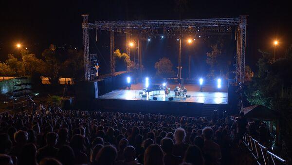 Фестиваль Хибла Герзмава приглашает.. на набережной Диоскуров. - Sputnik Абхазия