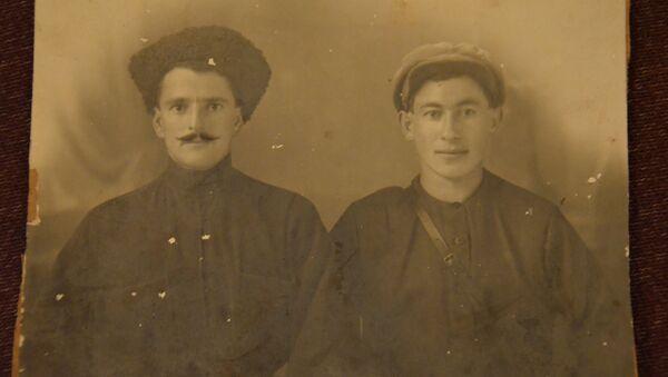 Антип Асабуа (слева) - Sputnik Абхазия