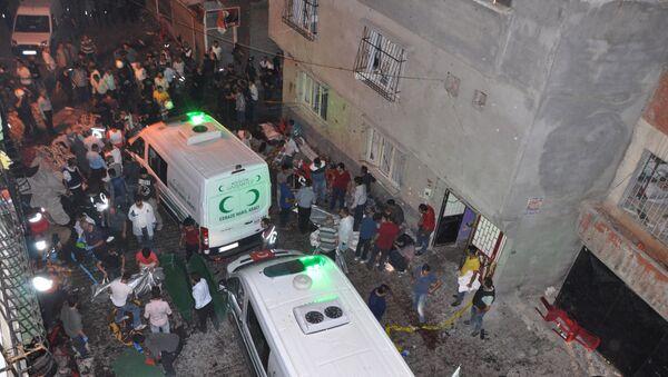 Машины скорой помощи после взрыва в провинции Газиантеп на юго-востоке Турции - Sputnik Абхазия