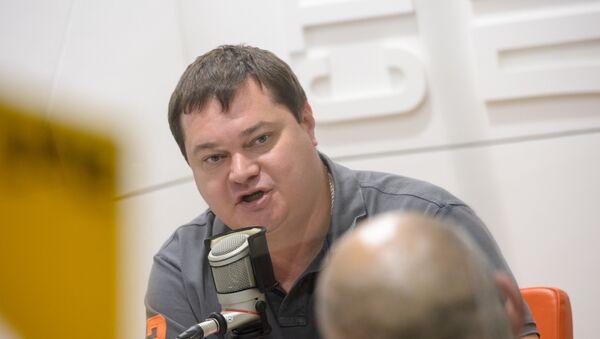 Андрей Малосолов на радио Sputnik. - Sputnik Абхазия