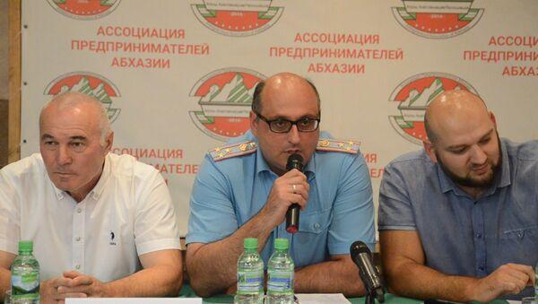 Замминистра МЧС заявил, что спрогнозировать потоп 3 августа было трудно - Sputnik Абхазия