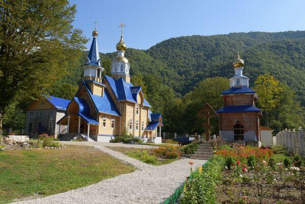 Освещение Храма Иоанна Крестителя в с.Псху - Sputnik Абхазия