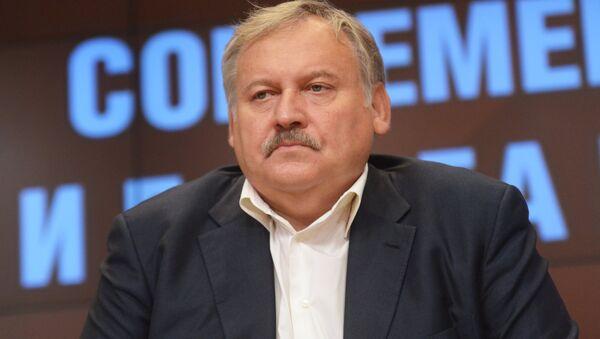 Политолог, член Общественной палаты РФ Константин Затулин - Sputnik Абхазия