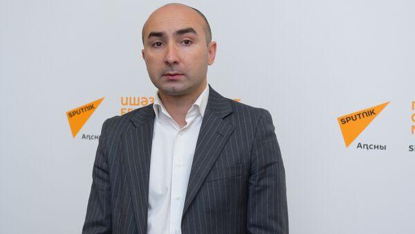 Кварчия Леон - Sputnik Абхазия