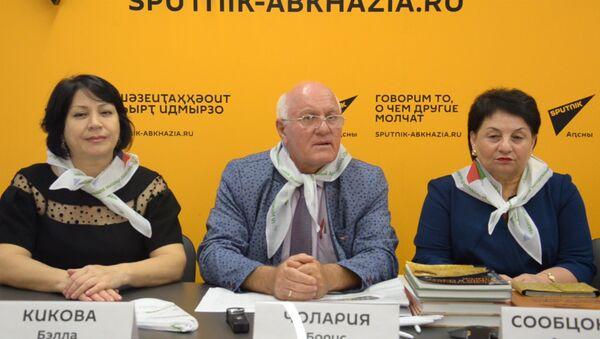 В Sputnik обсудили подготовку к арт-фестивалю Прогулка по набережной - Sputnik Абхазия