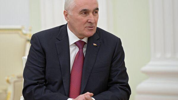 Архивное фото президента Республики Южная Осетия Леонида Тибилова - Sputnik Абхазия