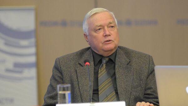 Политолог Игорь Николайчук - Sputnik Абхазия