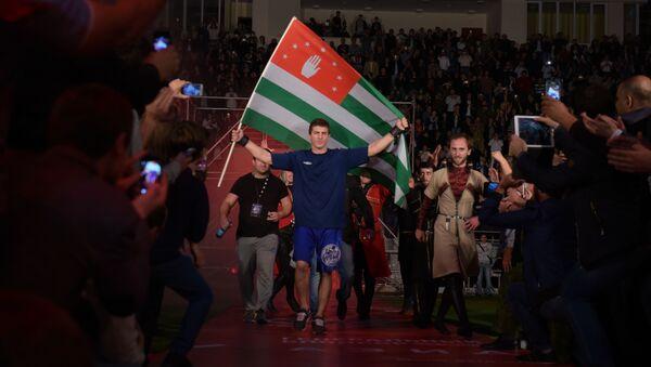 Девятый турнир смешанных единоборств OFS-9 в Сухуме - Sputnik Абхазия
