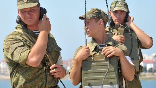Архивное фото военных связистов - Sputnik Абхазия