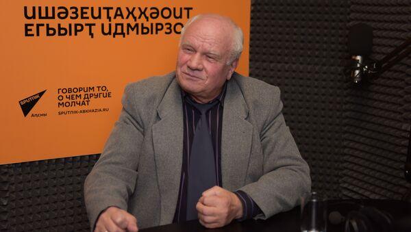 Ауаажәларратә палата амаӡаныҟәгаҩ лхаҭыԥуаҩ Даниил Убириа - Sputnik Аҧсны