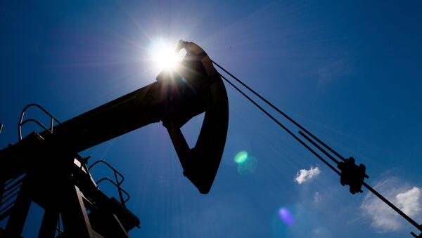 Нефтяные станки-качалки - Sputnik Аҧсны