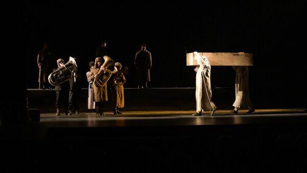 Аспектакль Шьапыла Аԥсуа драматә театр асценаҿы иқәдыргылеит - Sputnik Аҧсны