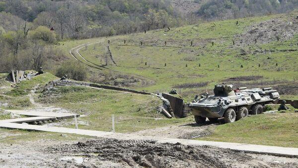 Первый в новом учебном году полевой выход мотострелковых подразделений российской военной базы Южного военного округа (ЮВО) в Республике Абхазия - Sputnik Абхазия