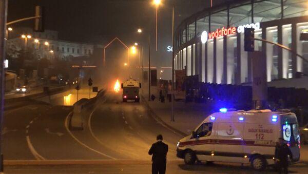 Двойной теракт произошел в центральном районе Стамбула. Кадры с места ЧП - Sputnik Абхазия