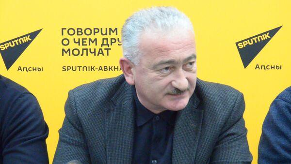 Свет, дороги, транспорт: руководители служб Сухума о готовности к зиме - Sputnik Абхазия