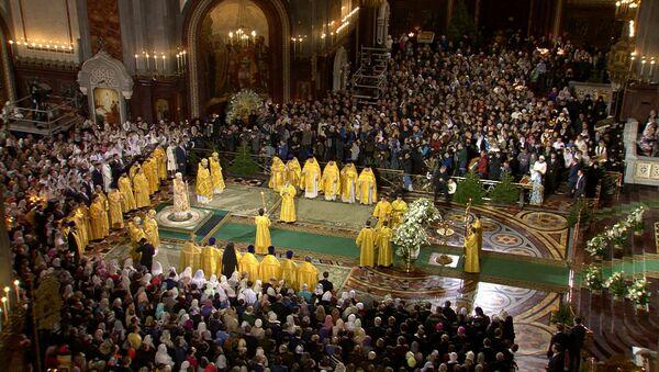 Рождественское богослужение в храме Христа Спасителя в Москве - Sputnik Абхазия