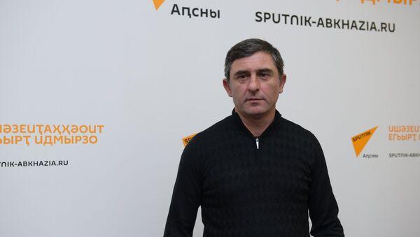 ААА (ФФА) Апрезидент Џьума Кәарацхьелиа - Sputnik Аҧсны