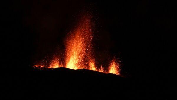 Извержение вулкана на острове Реюньон - Sputnik Абхазия