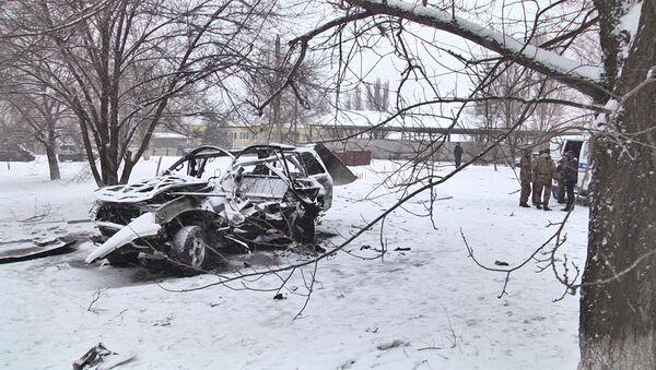 Кадры с места взрыва машины в ЛНР - Sputnik Абхазия