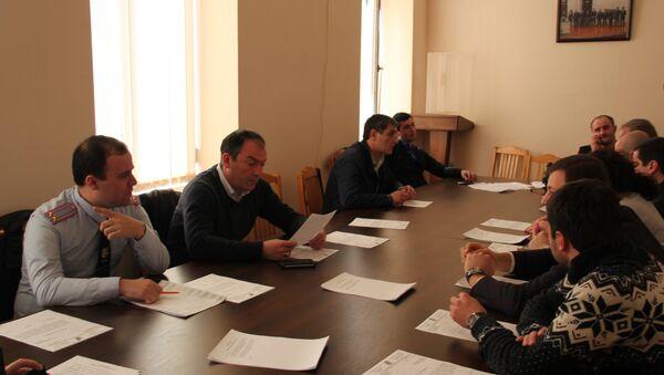 Заседание депутатов городского Cобрания Сухума - Sputnik Абхазия