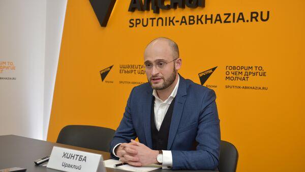 Пять вечеровв РУСДРАМе: Хинтба рассказал о новой вершине театра - Sputnik Абхазия