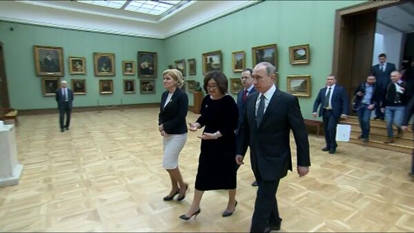 Путин посетил Третьяковскую галерею - Sputnik Абхазия
