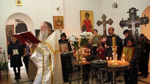 День перенесения мощей Иоанна Златоуста отметили в Каманах - Sputnik Абхазия
