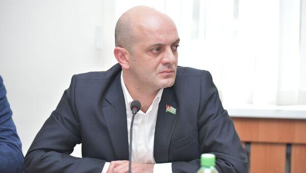 Алмас Джапуа - Sputnik Абхазия