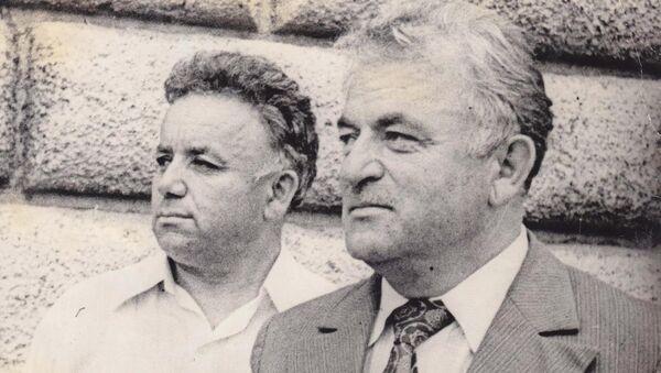 Кумф Ломия (слева) и Иван Тарба - Sputnik Абхазия