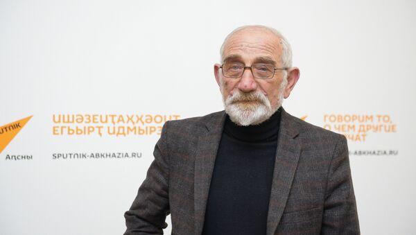 Акиностудиа Аԥсуа фильм анапхгаҩы Виачеслав Аблоҭиа - Sputnik Аҧсны