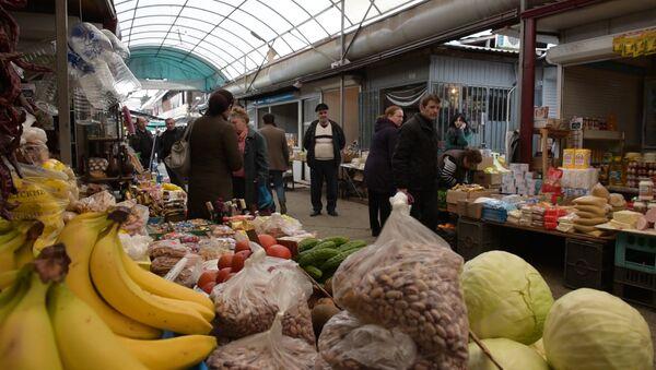 Ни проехать, ни пройти: проблемы Сухумского рынка - Sputnik Абхазия