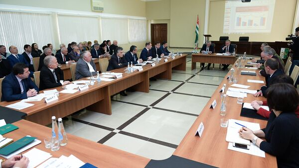 Заседание Кабмина об исполнении Республиканского бюджета - Sputnik Аҧсны