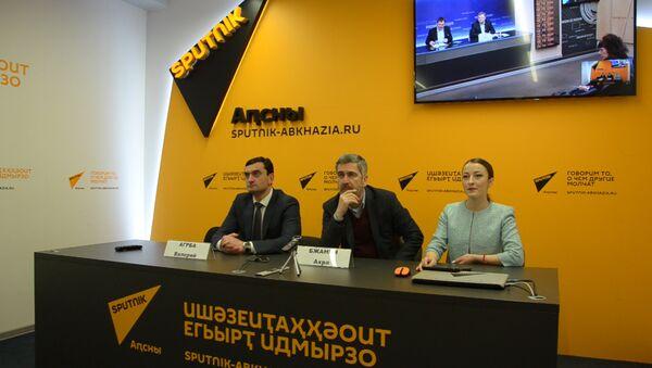 Выборы в Парламент: депутаты рассказали о недостатках выборной системы - Sputnik Абхазия