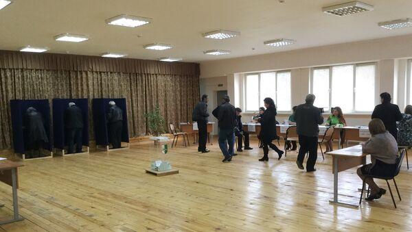 Голосование на избирательном участке - Sputnik Абхазия
