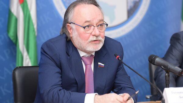 Тотоонов Александр Борисович - Sputnik Абхазия
