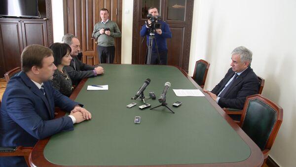 Высокую оценку парламентским выборам дали наблюдатели ДНР - Sputnik Абхазия