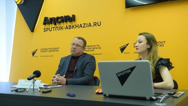 Аслан Барциц прогнозирует развитие политической ситуации в Абхазии - Sputnik Абхазия