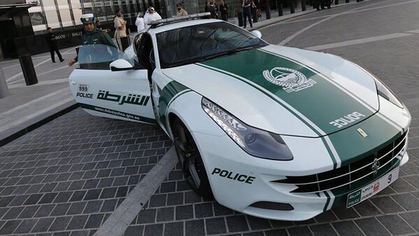 Полицейский спорткар в Дубае - Sputnik Абхазия