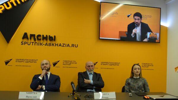 В День театра 27 марта в пресс-центре Sputnik прошел видеомост Сухум-Москва-Цхинвал - Sputnik Абхазия