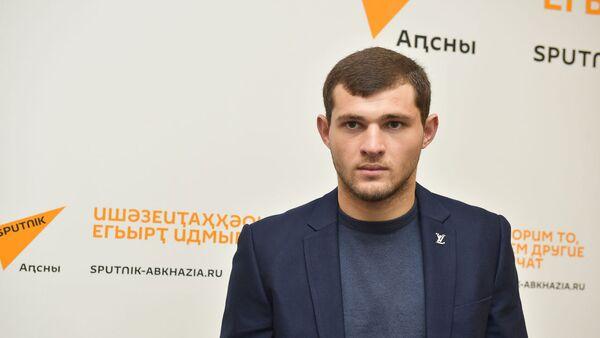 Пресс-конференция о победе Батала Чежия в рейтинговом турнире Гладиаторы ринга в Анапе - Sputnik Абхазия