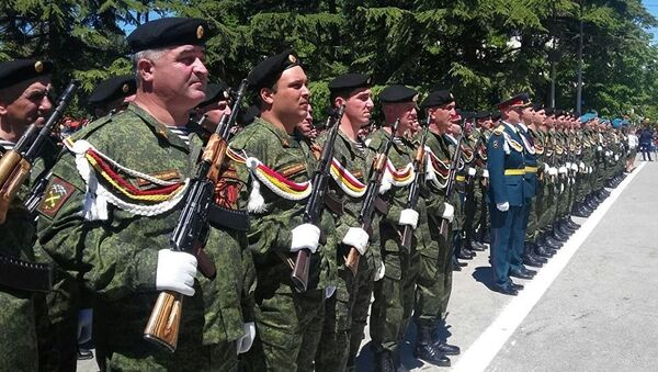 Парад победы в Цхинвале - Sputnik Абхазия