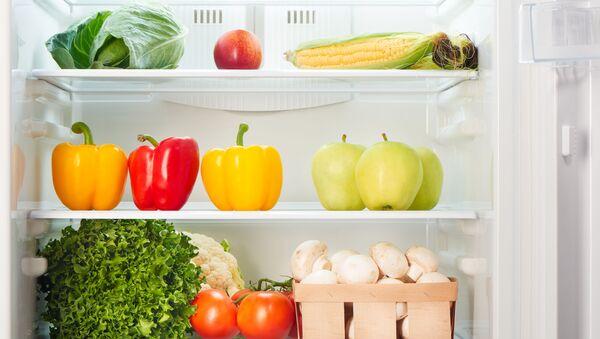 Холодильник с продуктами - Sputnik Абхазия