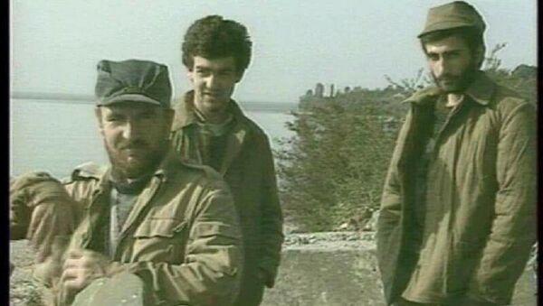Владимир Баранов(слева), Рауль Матуа, Даур Кобахия(справа) - Sputnik Абхазия