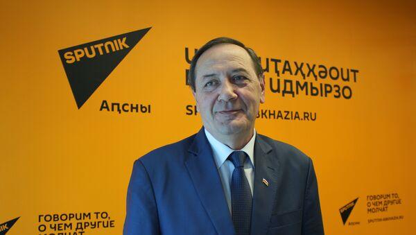 Посол республики Южная Осетия в республике Абхазия Олег Боциев  - Sputnik Абхазия