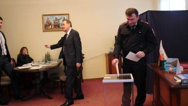 В Абхазии выбирают президента Южной Осетии - Sputnik Абхазия