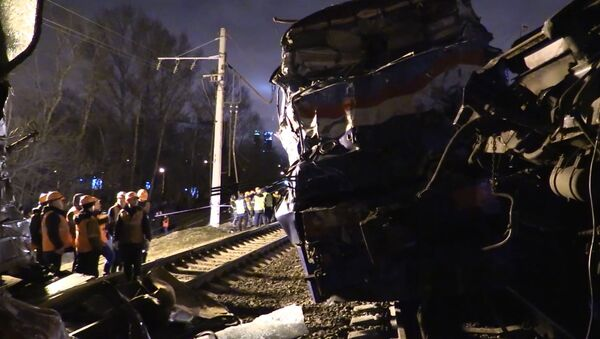 Столкновение электрички и пассажирского поезда - Sputnik Абхазия