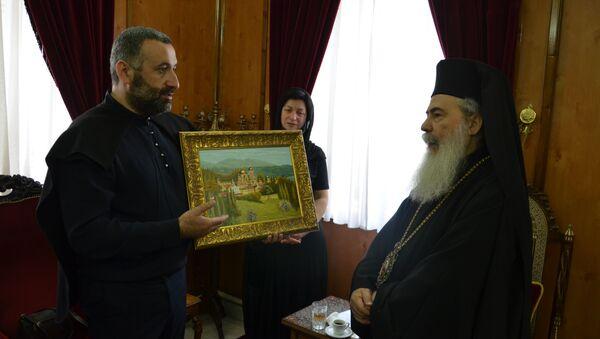 Иерусалимтәи апатриарх Феофил III ҳамҭан ирҭеит Афон ҿыц иҟоу ахацәа рберҭыԥ асахьа - Sputnik Аҧсны